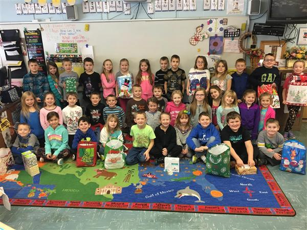 Poland second-graders donate to senior citizens instead of