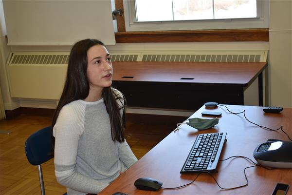Maddison Haver speaking to virtual judges for science fair