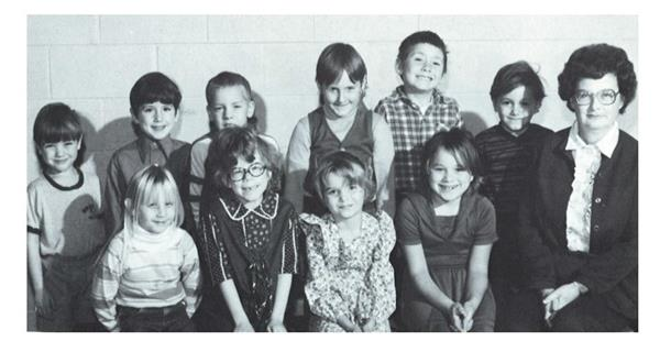 A yearbook photo of Eric Taylor and others in first grade